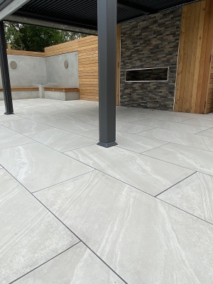 Bianco Slate Effect Outdoor Porcelain Paving Slabs - 1200x600 Pack
