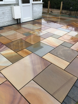 Buff Smooth & Sawn Sandstone Paving - Patio Pack