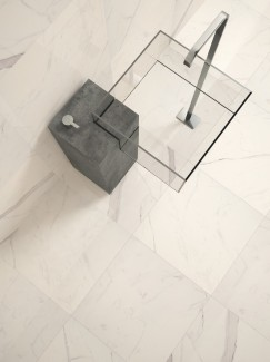Italian Calacatta Marble Effect Polished Floor Tiles - 600x600(mm)