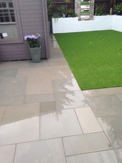 Raj Green Smooth & Sawn Sandstone Paving - 900x600 Pack