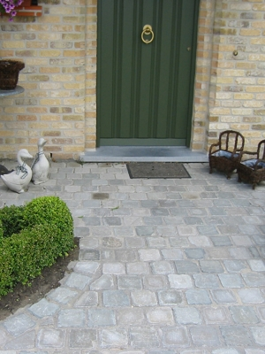 Kandla Grey Indian Sandstone Setts - 100x100 Pack