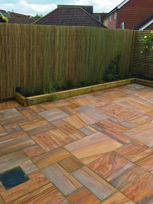 Rainbow Smooth & Sawn Sandstone Paving - Patio Pack