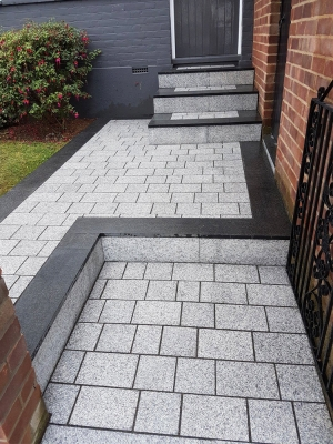 Light Grey Sawn Driveway Granite Setts - Block Paving