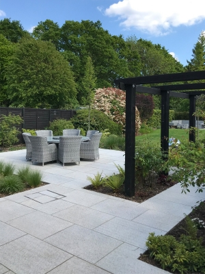 Silver Grey Granite Paving Slabs - 900x600 Pack