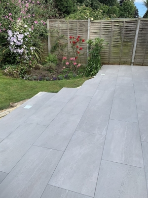 Sunstone Loki Vitrified Porcelain Paving slabs - 900x450 Pack
